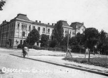 Одесский сельхозинститут. Угол улиц Сельскохозяйственной и Свердлова. 1920-е гг.