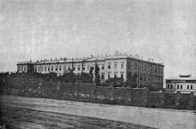 Институт благородных девиц (в конце Торговой улицы, на ул. Внешней). Фотография в книге «Одесса. 1794–1894». 1894 г.