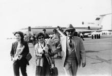 Во время встречи в Одесском аэропорту группы глав дипломатических представительств, аккредитованных в Советском Союзе. г. Одесса 1985 г. И. Павленко (12161)