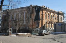Одесса, дом № 1 по ул. Черноморской. Фото А. Шепелева, март, 2010 г.