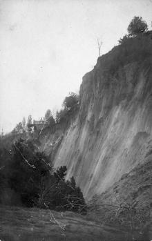 Одесса. Последствия оползня в Отраде, на границе с Ланжероном. Май, 1918 г.
