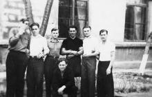 Одесса. Во дворе ОАМТ. 1949 г.