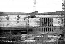 Строительство кинотеатра «Звездный»