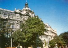 Одесса. На стыке улиц Садовой и Дерибасовской. Фото П. Шраго. Комплект открыток «Одесса». 1990 г.