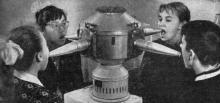 Облучение ультрафиолетовыми лучами. Фото в брошюре «Здравницы Хаджибея». 1970 г.