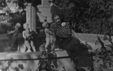 Одесса. У фонтана в санатории МО в Мукачевском переулке