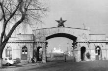 Одесса. Вход на старый морвокзал. Начало 1970-х гг.
