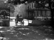 Забор в начале ул. Советской Армии (Преображенской), кадр из фильма «Зеленый фургон», 1959 г.