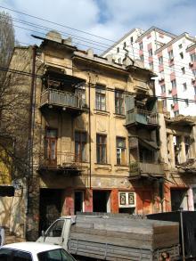 Одесса. Дом № 84 по Пантелеймоновской улице. Фото Ольги Литвиновой, апрель, 2014 г.