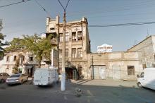 Одесса. Дом № 92 по ул. Пантелеймоновской. Фото Гугл. Ноябрь, 2011 г.
