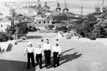 Вид с Потемкинской лестницы на порт. Одесса. 1950-е гг.