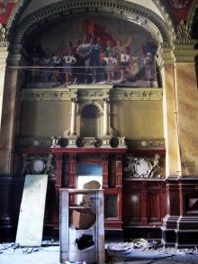 Стена в доме бывшего Русского технического общества. Фото В. Баля. 2008 г.