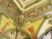 Фрагмент росписи потолка в зале бывшего Русского технического общества. Фото В. Баля. 2008 г.