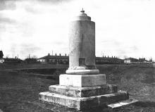 Памятник на могиле солдат, установленный караимами. Одесса. 1920-е гг.