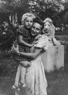 В сквере Мечникова. Одесса. 1952 г.