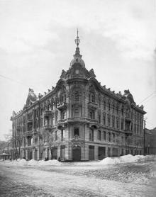 Дом М.Г. Гринберга в Одессе, на углу улиц Ришельевской и Почтовой. Фото в «Зодчем». 1903 г.