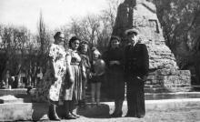 В сквере им. 9 января. Одесса. 1957 г.