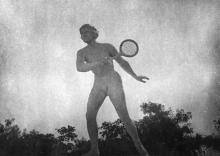 Одесса. Ланжерон. Скульптура девушки, играющей в теннис. Скульптор М. Дельпес. 1938 г.
