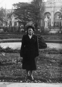 Одесса. В сквере у вокзала. 1953 г.