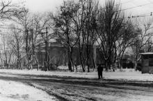 Одесса. Вид с ул. Лейтенанта Шмидта на железнодорожный вокзал. 1960-е гг