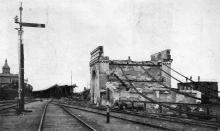 Одна из разрушенных кирпичных конструкций. Фото в журнале «Иллюстрации», 15 июля 1905 г.