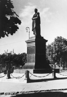 Памятник Воронцову (1941–1944)