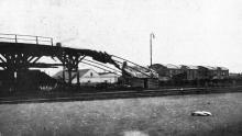Сгоревшая эстакада. Фото в журнале «Иллюстрации», 15 июля 1905 г.