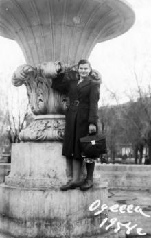 Фонтан в сквере на площади Советской Армии. Одесса. 1954 г.