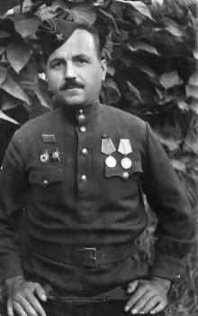 Иван Петрович Сенчиневич. 1944 г.