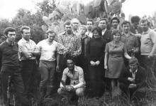 И.Ф. Демьянов с экипажем танкера «Пекин» в тропиках. 1973 г.