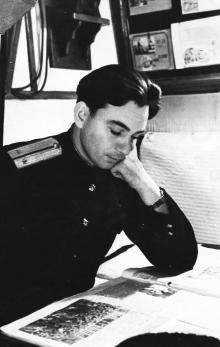 И.Ф. Демьянов в кубрике. 1956 г.