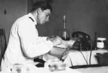И.Ф. Демьянов за работой. 1957 г.