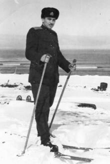 И.Ф. Демьянов на лыжах. 1957 г.