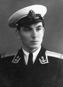 Офицер Иван Федорович Демьянов. 1957 г.