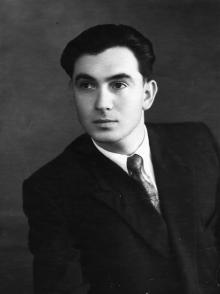 Владивосток. И.Ф. Демьянов перед демобилизацией. 1958 г.