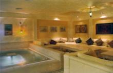 Интерьер гостиницы «Палладиум». Фотография в брошюре «Гостиницы Одессы». 2005 г.