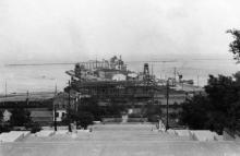 Одесса. Вид на порт с Бульварной лестницы. 1942 г.
