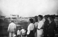 Одесса. На стадионе в парке Шевченко. Вид на ресторан. 1942 г.