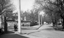 Одесса. Переулок Тонг Дык Тханга (слева Веры Инбер). Фото В.А. Чарнецкого. 1960-е гг.