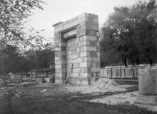 Одесса. Восстановление ворот 2-го еврейского кладбища. Фото А. Дроздовского