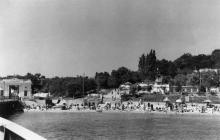Вид с катера на пляж «Золотой берег». Одесса. 1950-е гг.