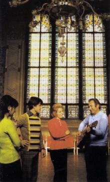 Одесса. В интерьере филармонии. Фото в книге «Одесса — Варна». 1976 г.