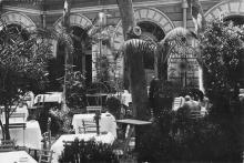 Одесса. Во внутреннем дворике гостиницы «Лондонская». 1920-е гг.