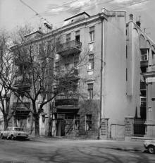 Дом б. Вассала по ул. Халтурина, 3. 1913, арх. Э.Я. Меснер. Одесса. 1980-е гг.