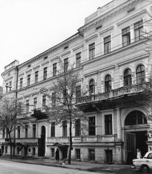 Одесса. Дом № 16 по ул. Садовой. 1896, арх. В.М. Кабиольский. 1980-е гг.