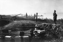 Австро-венгерские войска охраняют порт. Батарея в Александровском парке. Одесса. 1918 г.