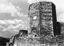 Восьмигранная Девичья башня. Фотография в буклете «Белгород-Днестровская крепость». 1961 г.