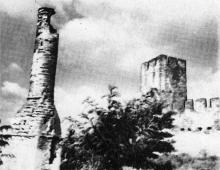Остатки минарета. Фотография в буклете «Белгород-Днестровская крепость». 1961 г.