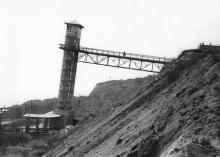 Лифт санатория им. Чкалова после оползня. Фотография из отчета Одесской оползневой станции. 1963 г.