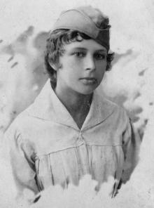 Феодосия Никитична Езерова, сестра Петра. 1917 г.